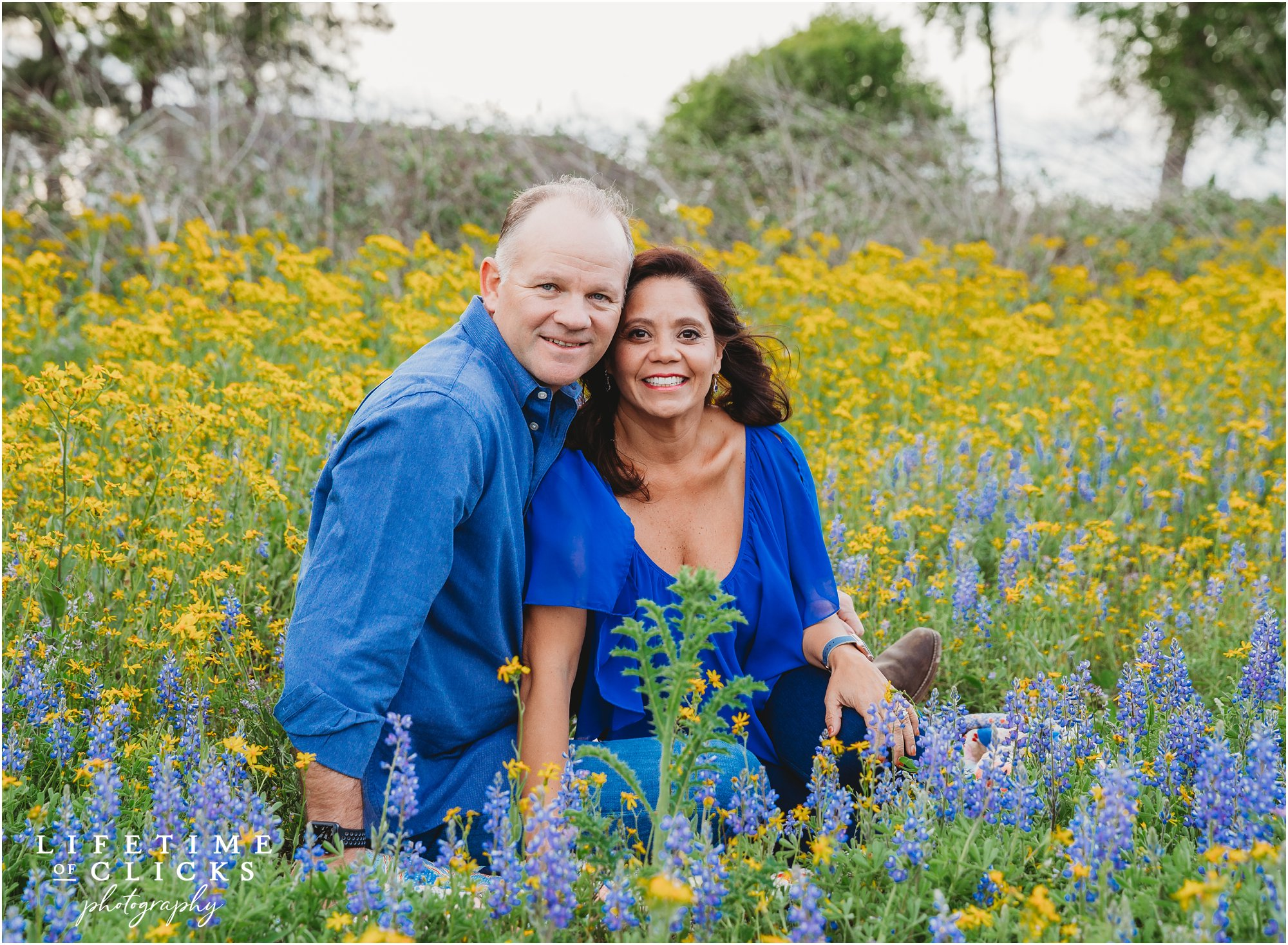Parent photo at Houston Bluebonnets Sessions by Lifetime of Clicks Photography